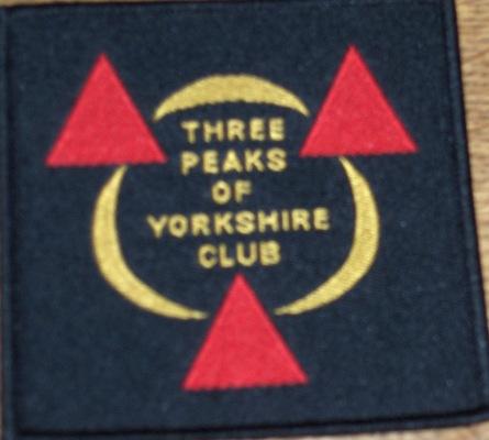 3-peaks-badge